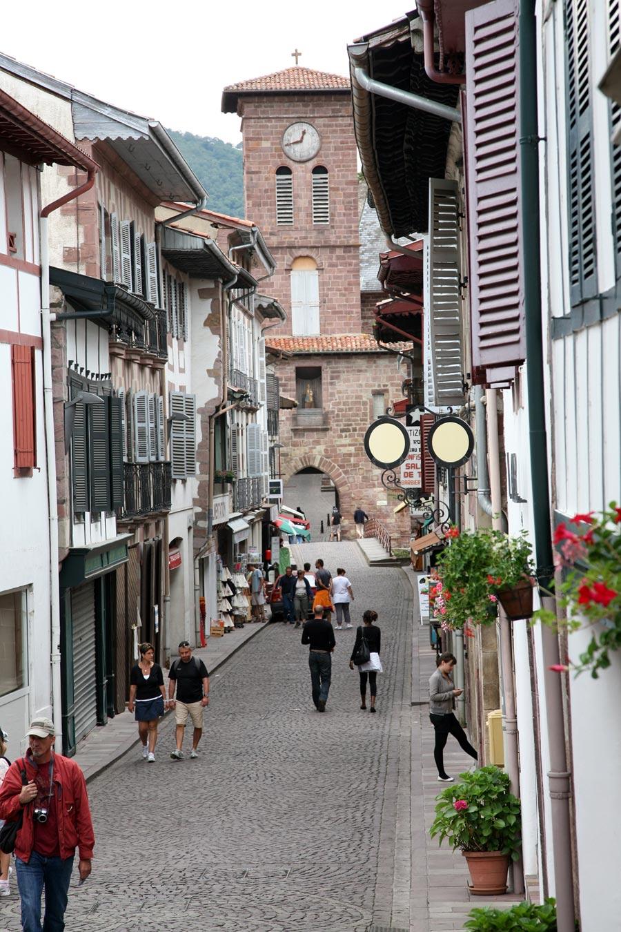 Saint jean pied de port saint jean pied de port - Office de tourisme saint jean pied de port ...